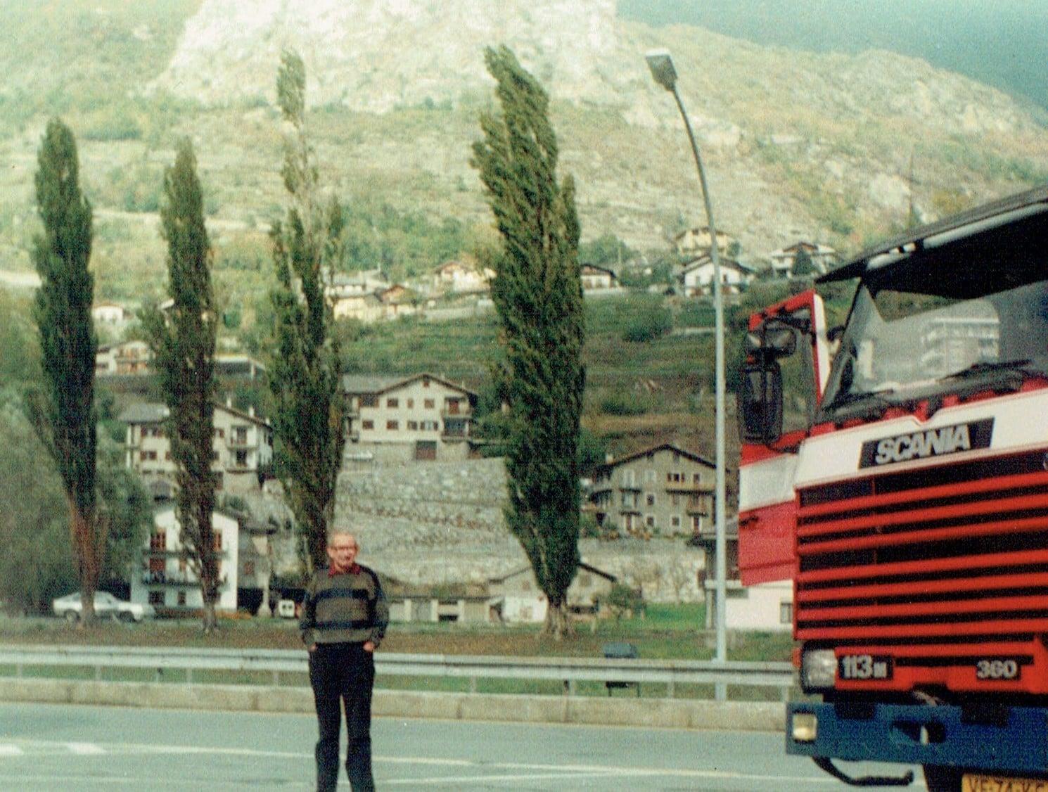 Jaap-Warnders--1990-mijn-vader-mee-rit-bloemen-naar-Italie-en-druiven-naar-Duitsland-retour--(3)