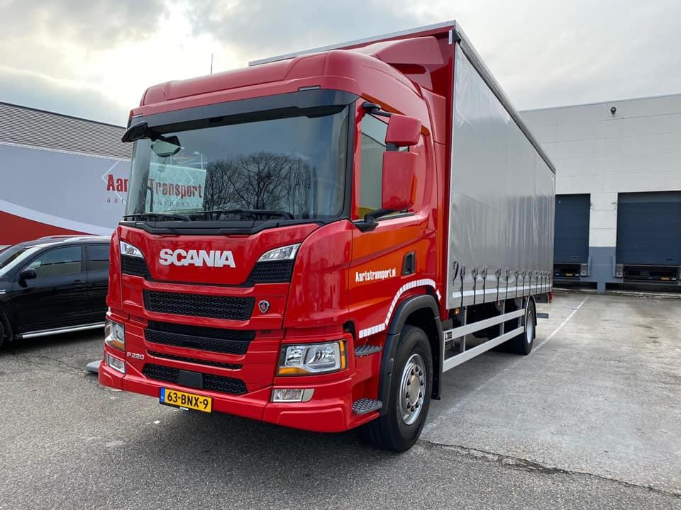 Scania-P220