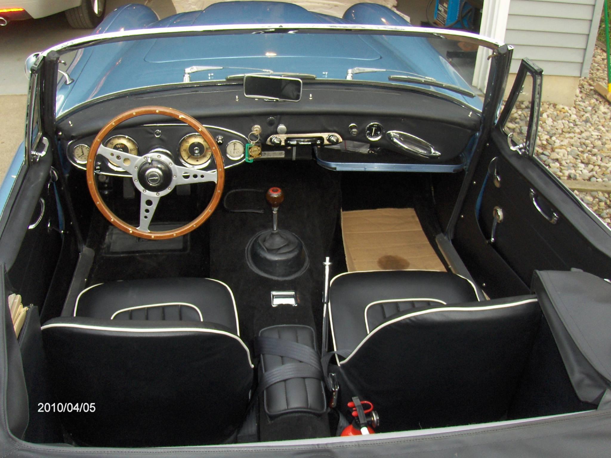 1964-Austin-Healey-3000-MKII-BJ7-4