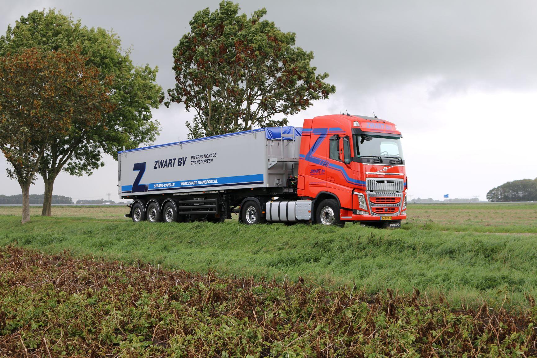Volvo-2013-(4)