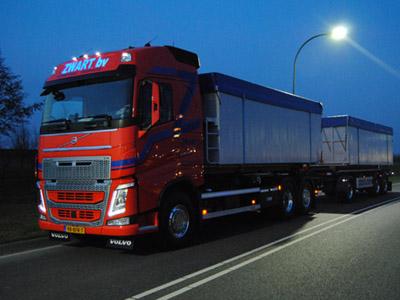 Volvo-Containerauto-euro-6-foto-2-(1)