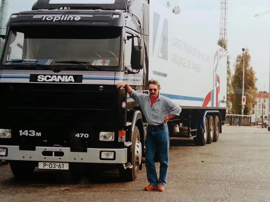 Piet-Brinkman-met-de-nieuwe-Scania