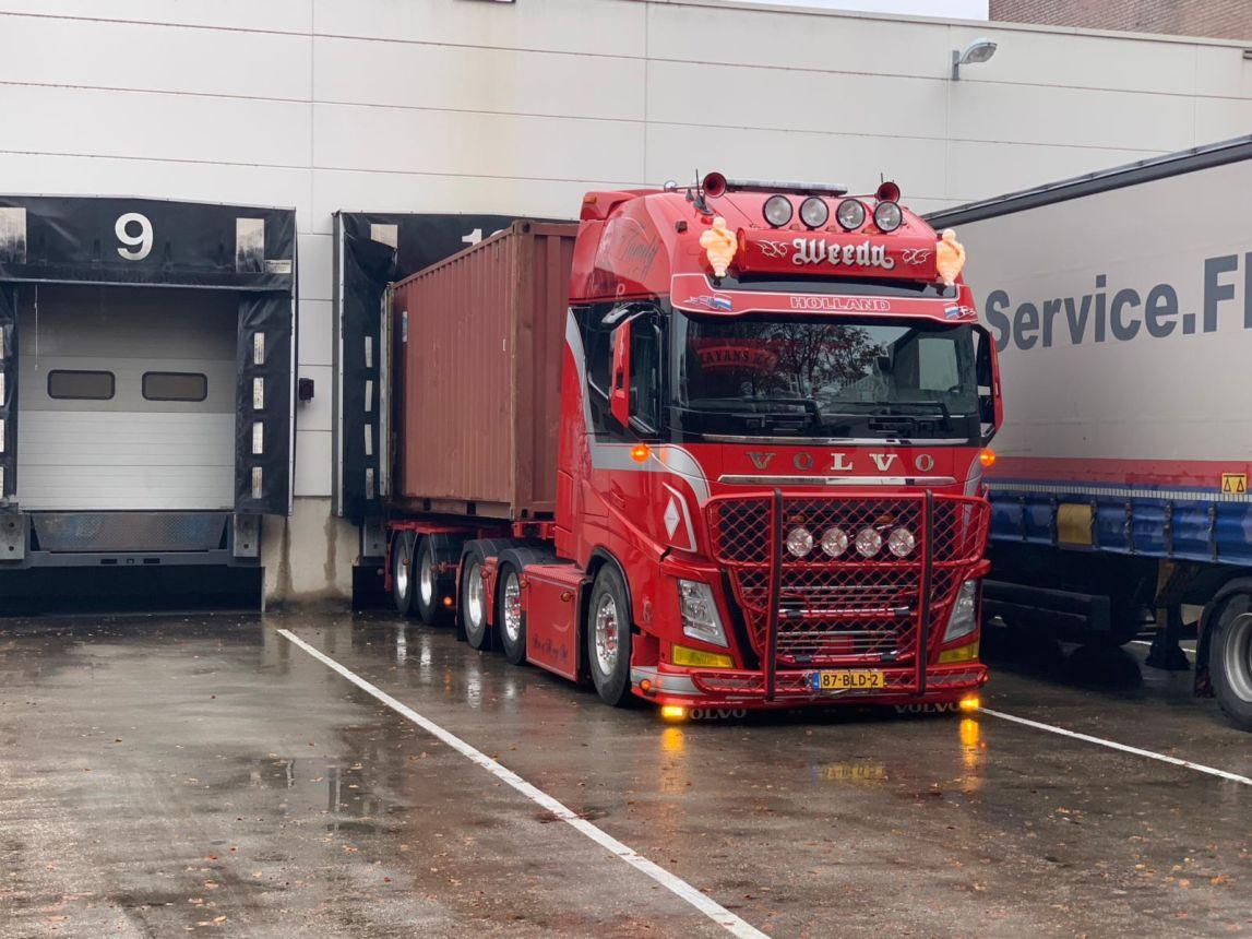 Volvo-FH4--560PK-6x2-Euro-6--Chauffeur-Frank-Nijssen-(1)