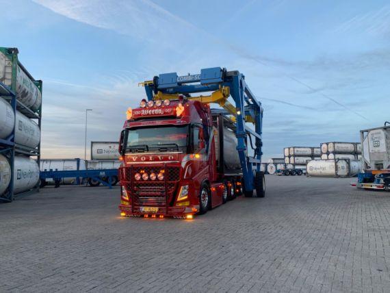 Volvo-FH4--560PK-6x2-Euro-6--Chauffeur-Frank-Nijssen-(2)