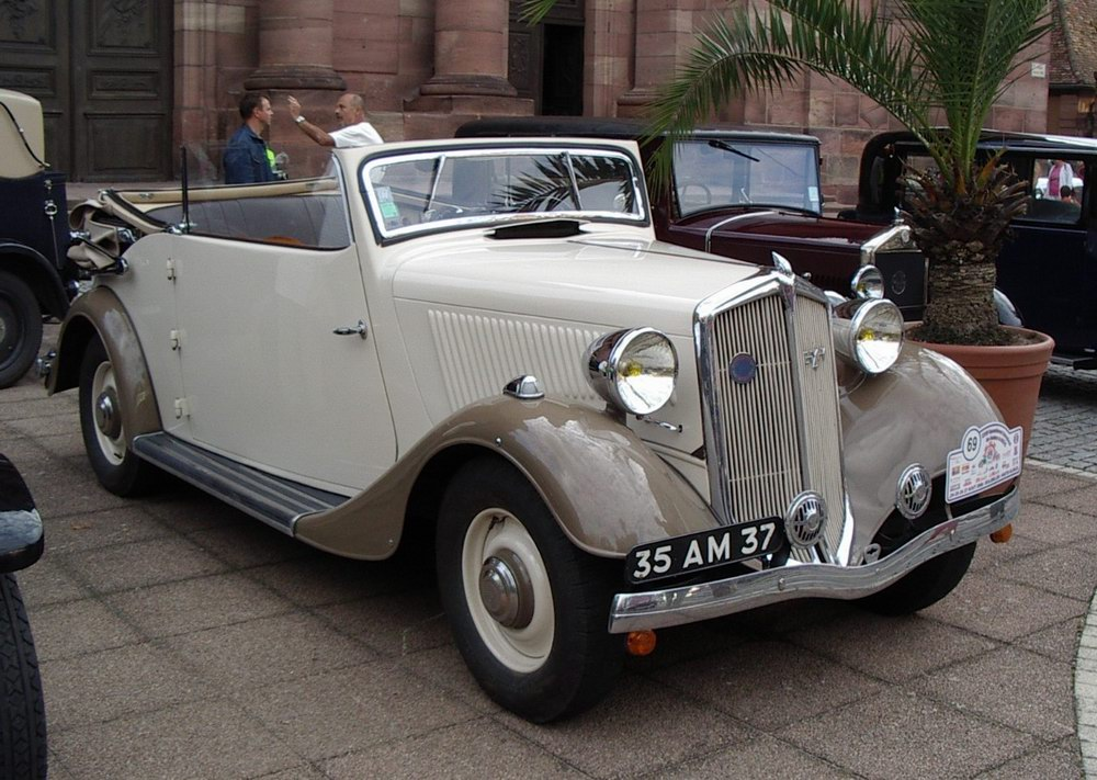 Mathis_EY4_cabriolet