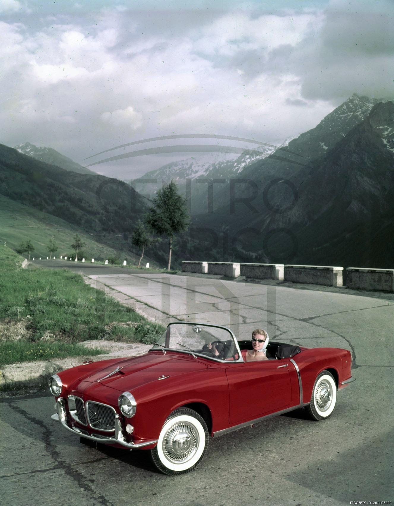 Fiat-1200-Granluce-Trasformabile---Sestrier--1958