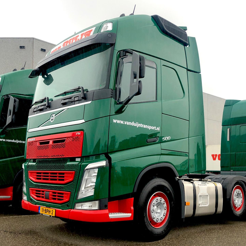 Volvo-met-koeltrailer--11-BPH-2-(1)