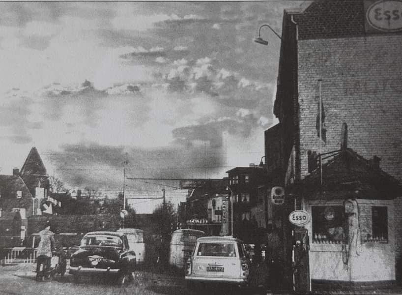 1950-garage--het-spoor-was-toen-anders