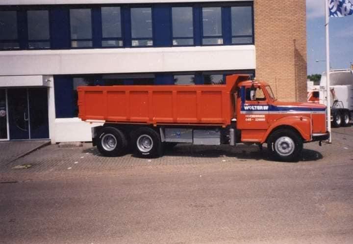 Scania-Vabis-met-de-zelfbouw-kipper