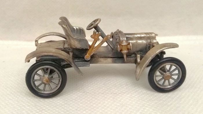 1906-Sizaire_Naudin-race-car