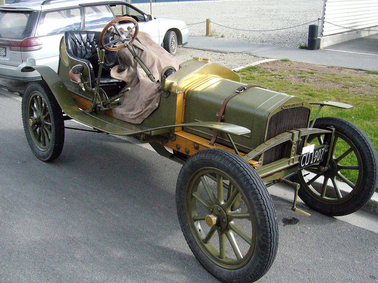 1907_Sizaire-Naudin-een-cilinder-voor-dagelijks-gebruik