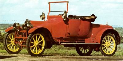 1913-Sizaire_L2-4-cilinder-met-stembus-motor