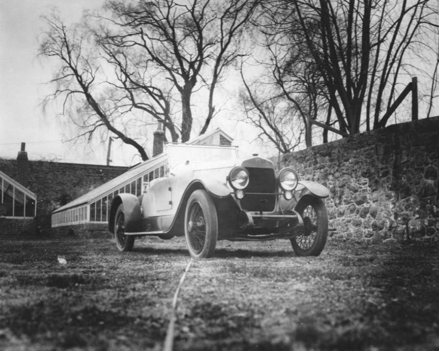 1921--Du-Pont-Roadster-Model-B-(2)