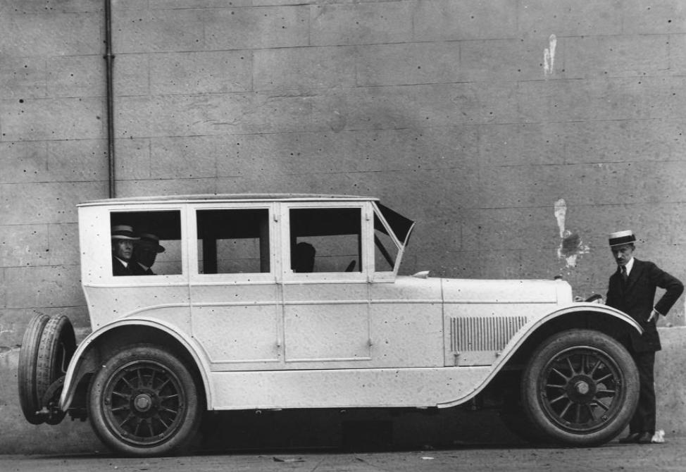 1924-Du-Pont-Limousine-(2)