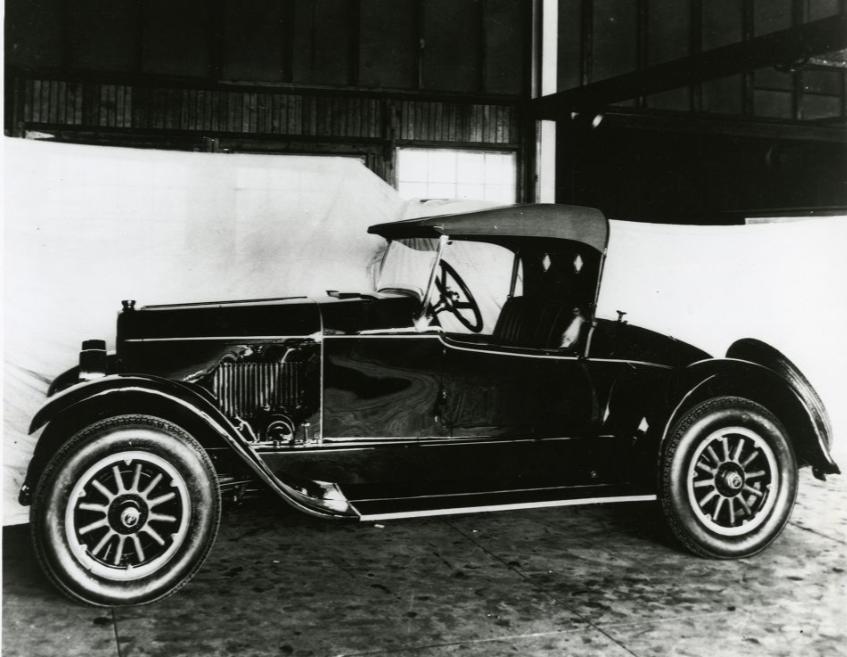 1924-Du-Pont-Roadster-Model-D-(2)