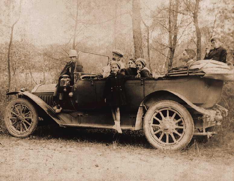 1922--la-Cottin---Desgouttes-de-la-famille-Mamet