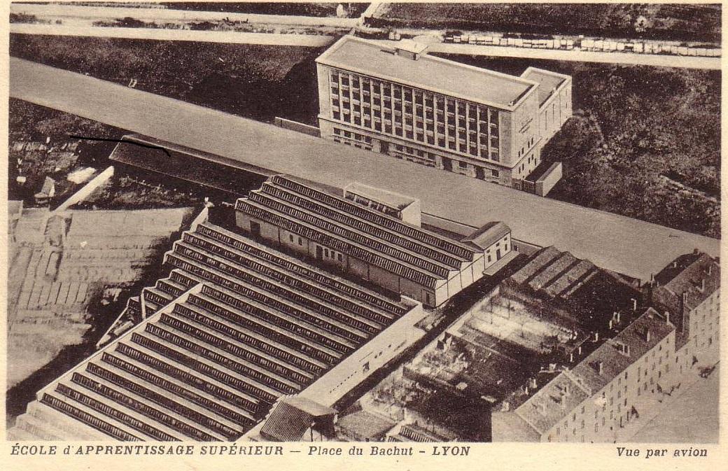 Lyon-(4)