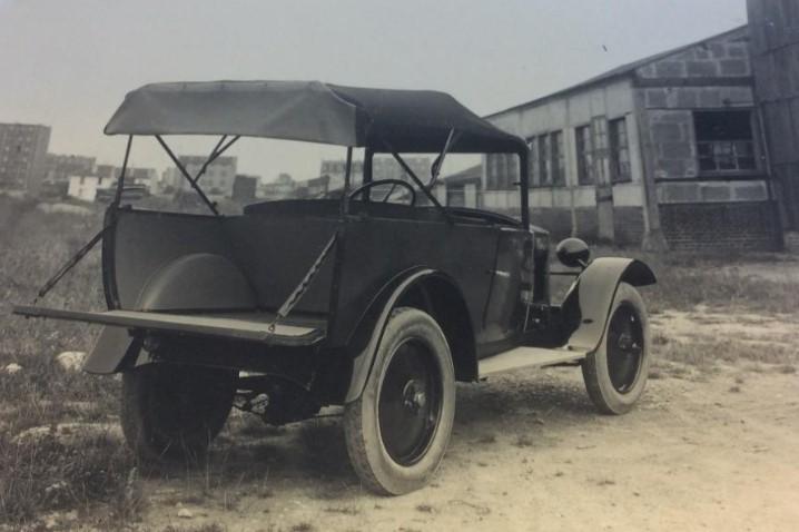 Peugeot-172-commercieel-(2)