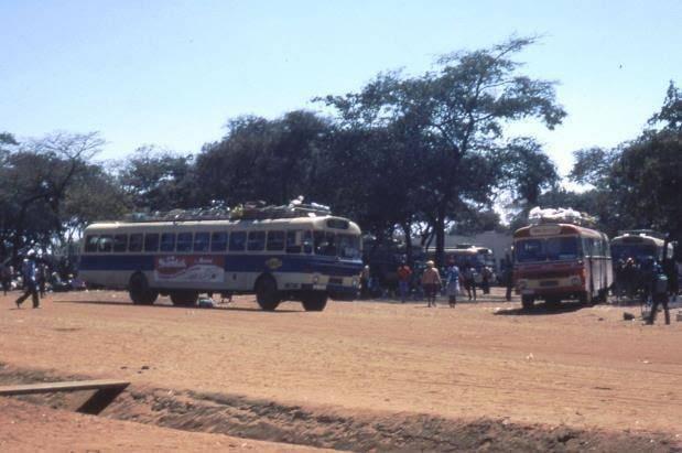 Daf-bussen-in-Zimbabwe-1970