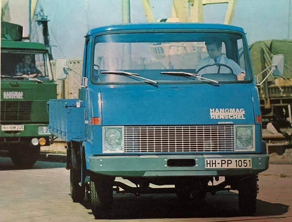 Hanomag-Henschel--(7)