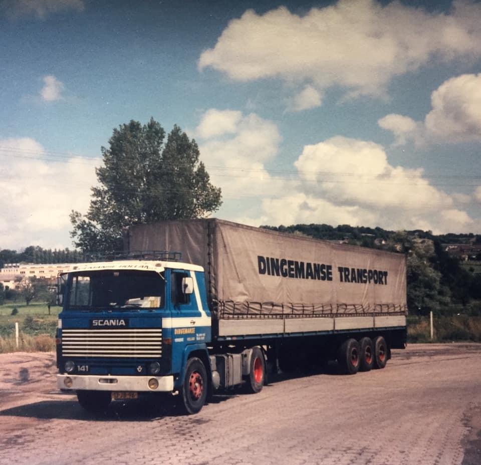 Chauffeur-De-Kraker-R-I-P-met-zoon-Marnix-in-de-vogezen-1981