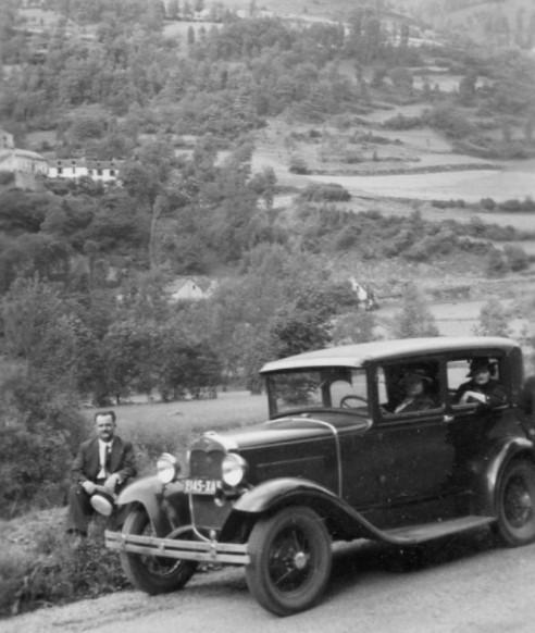 Ford-A-Europa-met-kleine-motor-en-banden-19-maat