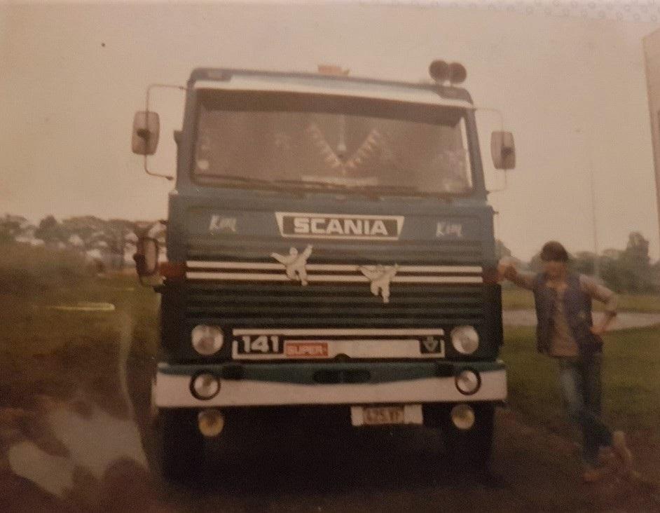 Scania-141-V8-Bram-Buys