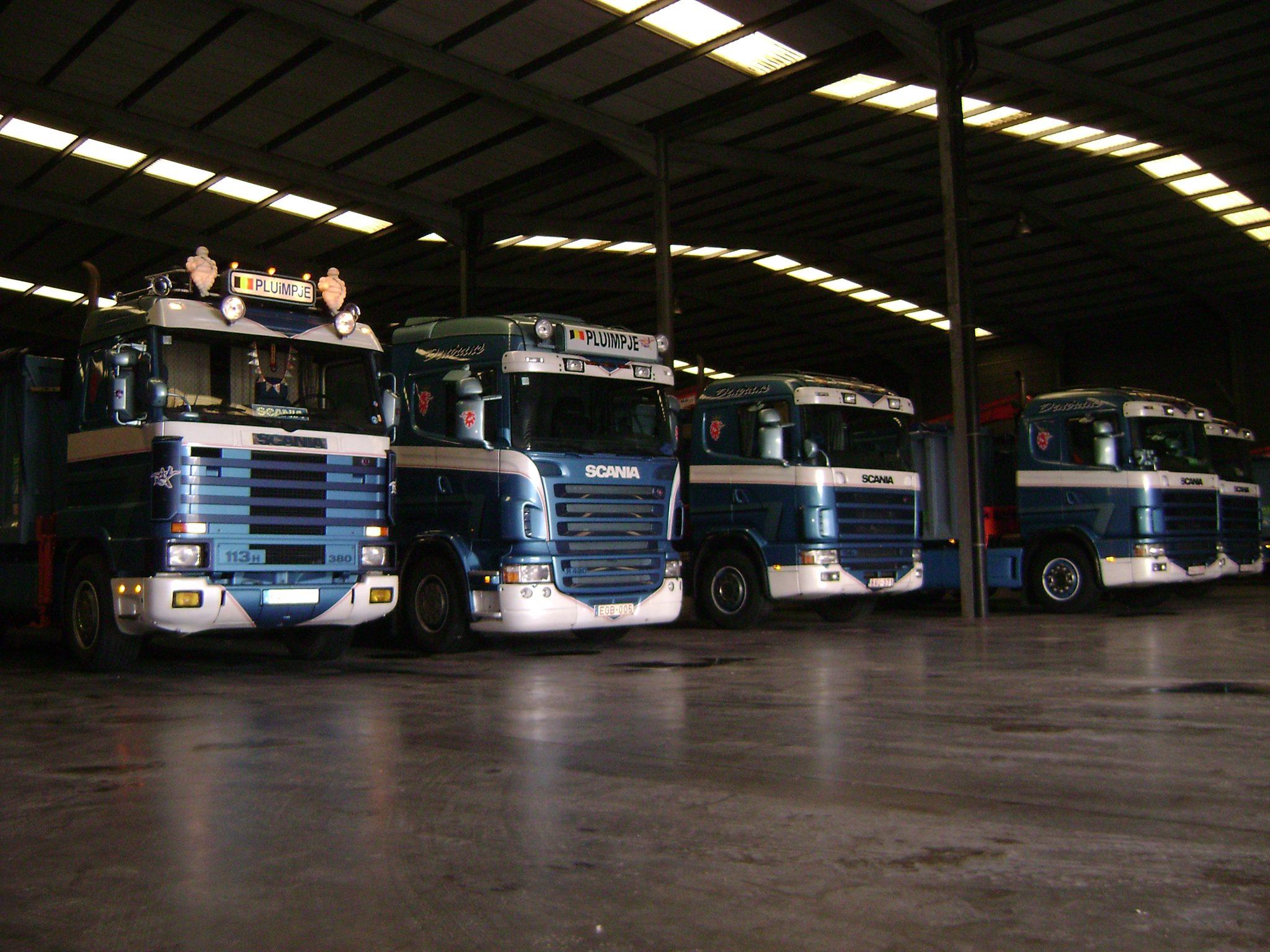 Scania-Streamline-R-serie-en-paar-4-Series
