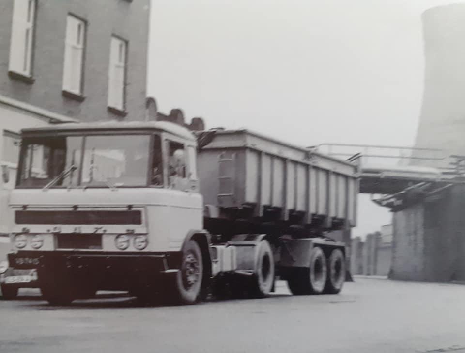 DAF-2600-(1)