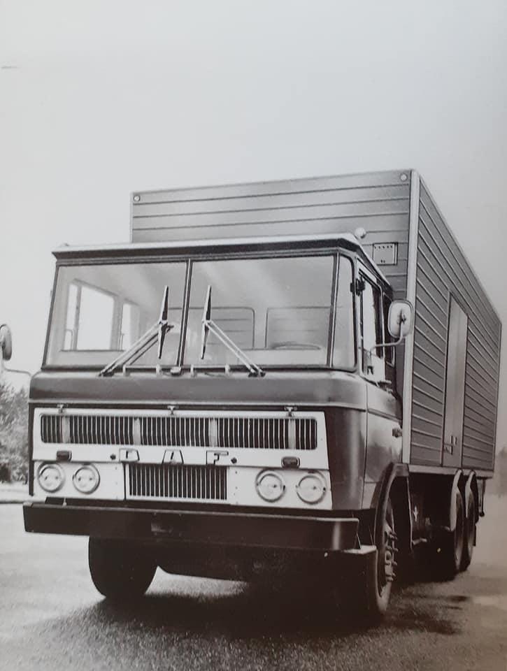 DAF-2600-(7)
