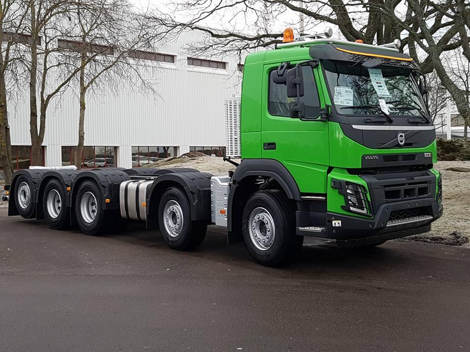Volvo-10x4-(2)