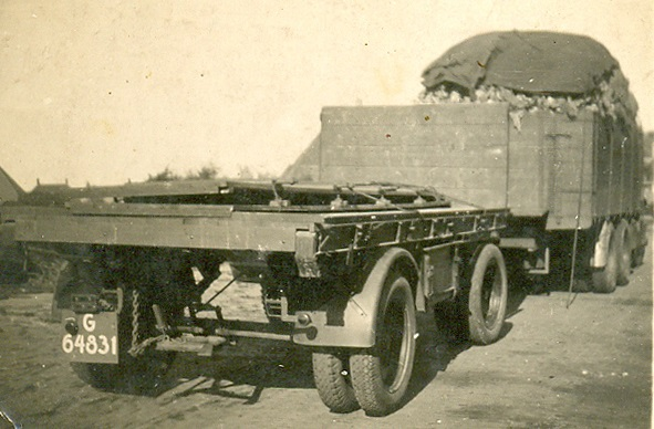 Cor-Weel-Chauffeur-(3)
