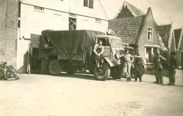 Cor-Weel-Chauffeur-(4)