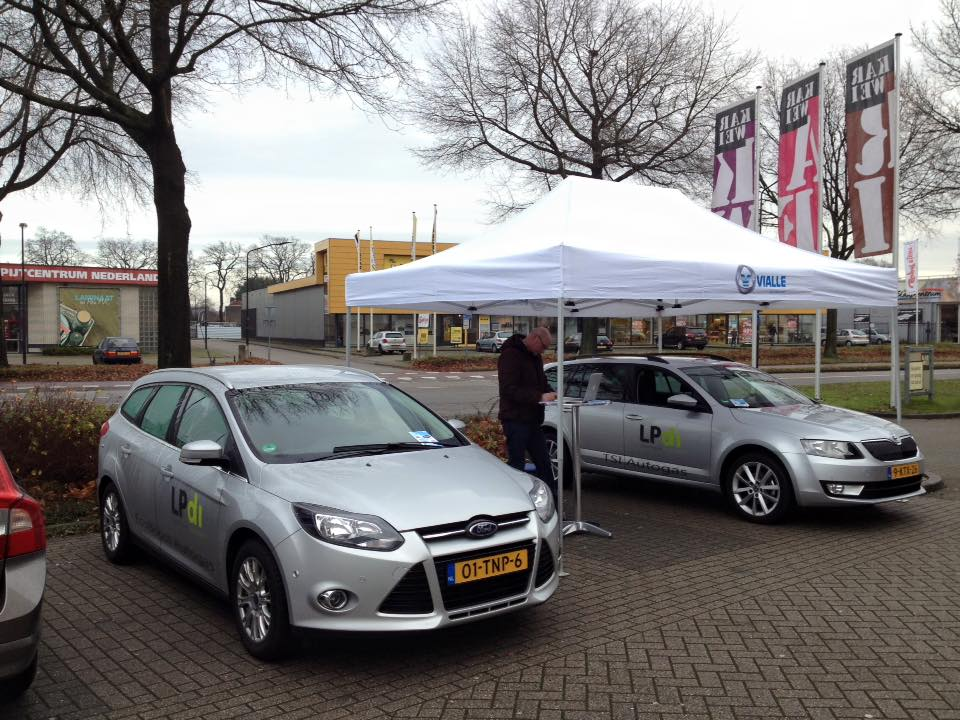 Bij Karwei Helmond proefrijden met Vialle Autogas Experience